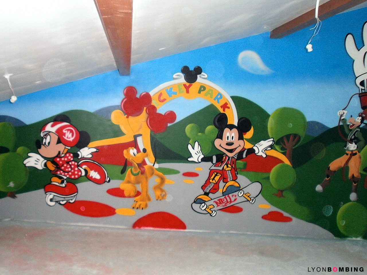Chambre Mickey et ses amis  Chambre  LYONBOMBING